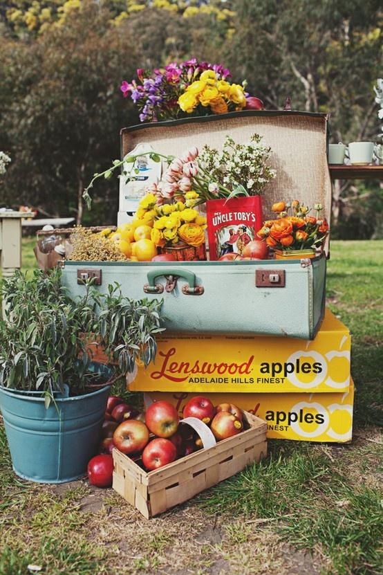 Maleta flores y frutas verano